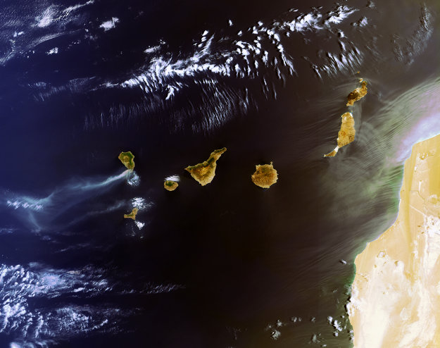 Canary_Island_fires_large